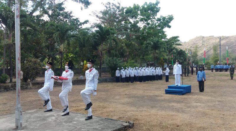Penuh Khidmat,Upacara Bendera HUT RI ke-76 di Kecamatan Maluk